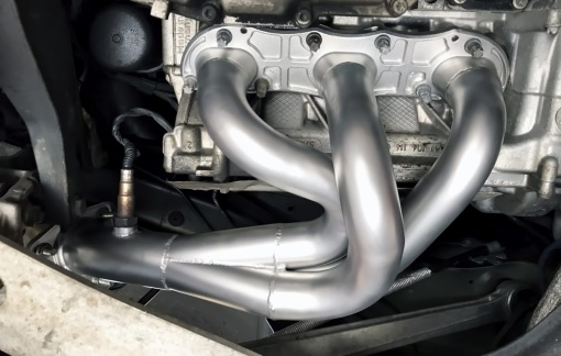 Soul Performance Porsche 987.2 Header Installed Left