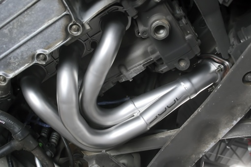 Porsche 987.1 Competition Header - Installed Right