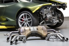 Soul Performance Products Lamborghini Huracan Race Exhaust - Comparison