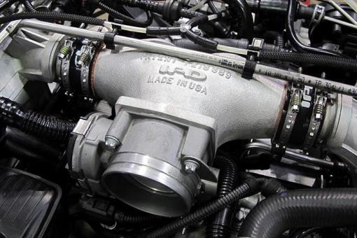 Porsche 991.2 Carrera / 991 Turbo IPD Intake Plenum - Installed Close Up