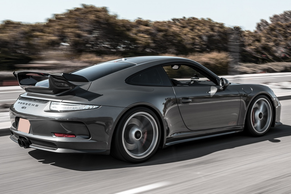 A Porche 991 GT3 with center muffler bypass - Soul Performance Parts